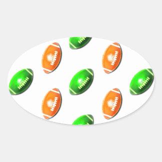 Modelo verde y anaranjado del fútbol pegatina ovalada