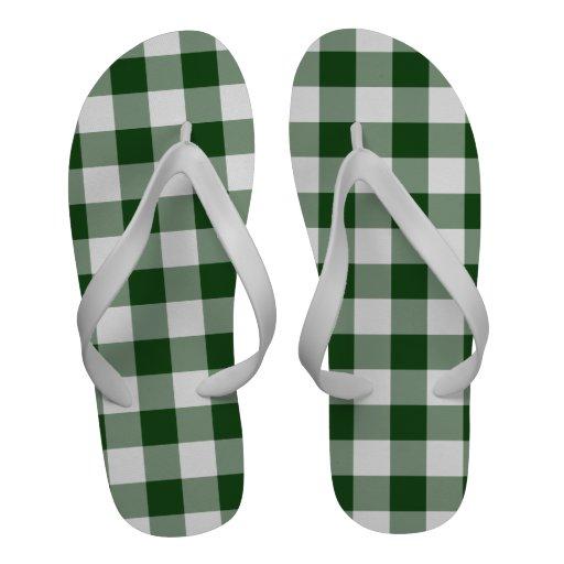 Modelo verde y blanco de la guinga sandalias de playa