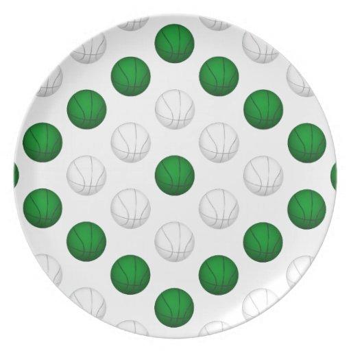 Modelo verde y blanco del baloncesto plato