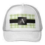 Modelo verde y blanco del monograma de la tela esc gorra