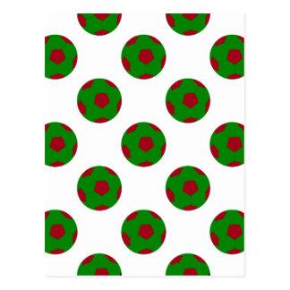 Modelo verde y rojo del balón de fútbol postal