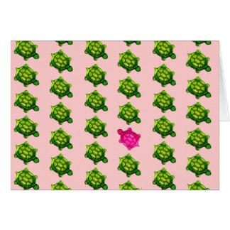 Modelo verde y rosado de la tortuga felicitacion