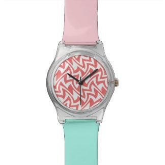 Modelos geométricos abstractos modernos del rosa y reloj