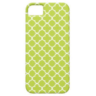 Modelos verdes claros y blancos de Quatrefoil iPhone 5 Cárcasa