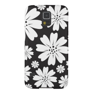 Modern Black And White Ditsy Floral Pattern Case For Galaxy S5