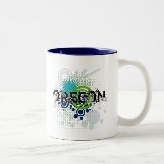 Modern Grunge Halftone Oregon Mug