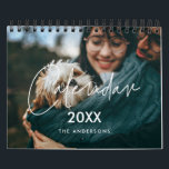 """Modern minimalist family photo 2022 calendar<br><div class=""""desc"""">A modern photo calendar with a modern typography,  to customize with your family pictures,  a perfect way to start the year 2022. Fully customizable text colors.</div>"""