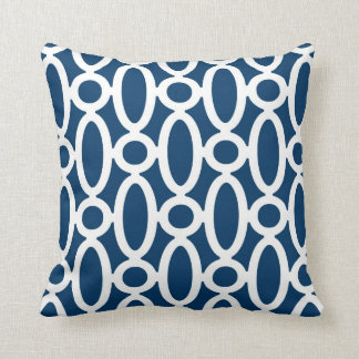Modern Oval Links Pattern in Navy Blue and White Throw Pillow