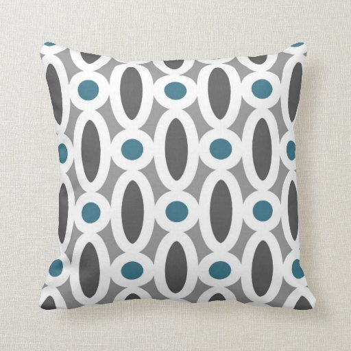 Modern Oval Links Pattern in Teal and Grey Pillow