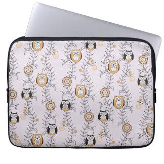 Modern Owls Laptop Sleeve