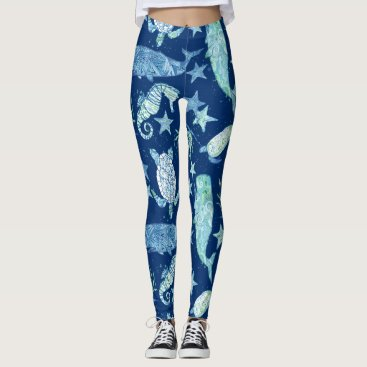 Beach Themed Modern Pattern Beach Whale Turtle Seahorse Star Leggings