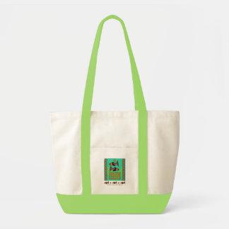 Modfish en verde con el bolso de la etiqueta bolsas
