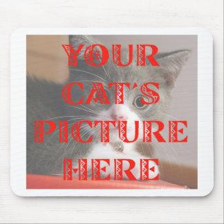 Modificó la foto de su gato para requisitos partic tapetes de raton