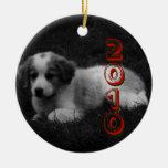 MODIFIQUE el primer navidad de su perrito para Adorno Redondo De Cerámica