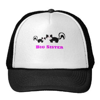 Mofeta de la hermana grande gorra