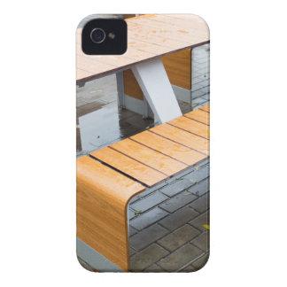Moje las tablas al aire libre del café en la calle iPhone 4 cárcasa