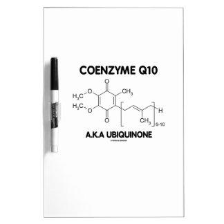 Molécula de la sustancia química de la ubiquinona pizarra blanca