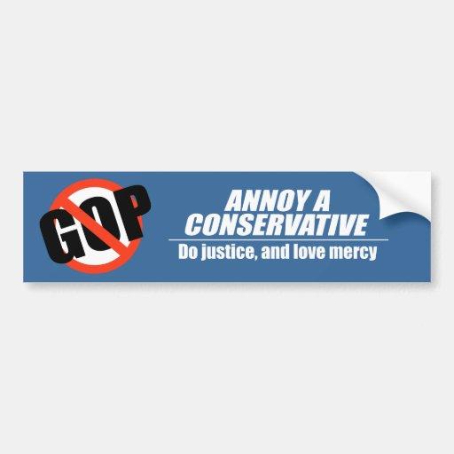 Moleste a un conservador - haga la justicia etiqueta de parachoque