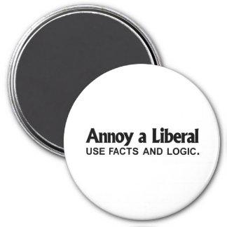 Moleste a un liberal - utilice los hechos y la lóg imán redondo 7 cm
