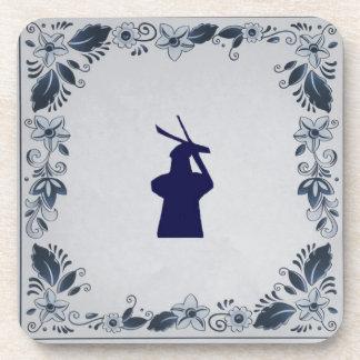 """Molino de viento azul """"de Roos"""" de la teja de Posavaso"""