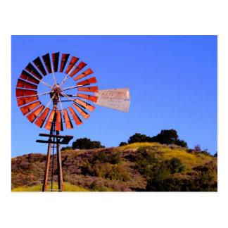 Molino de viento del bombeo de agua tarjeta postal
