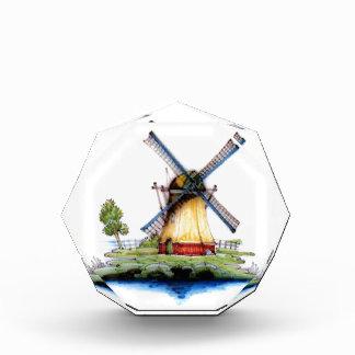 Molino de viento del holandés del Viejo Mundo