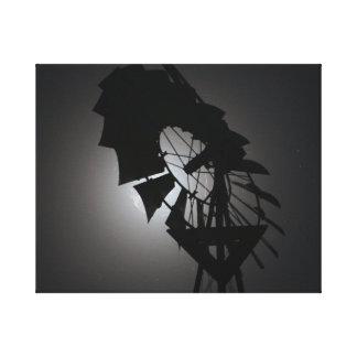 molino de viento en el cielo nocturno con en impresión en lienzo estirada