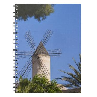 Molino de viento, Palma, Mallorca, España Spiral Notebooks