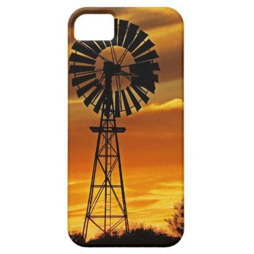 Molino de viento y puesta del sol, cala de iPhone 5 carcasas