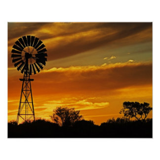 Molino de viento y puesta del sol, cala de Guiller Póster