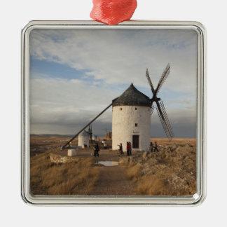 Molinoes de viento antiguos de Mancha del La, con  Ornamente De Reyes