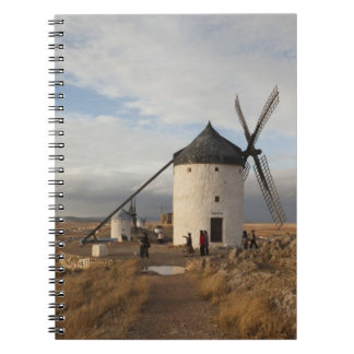 Molinoes de viento antiguos de Mancha del La, con  Libretas Espirales