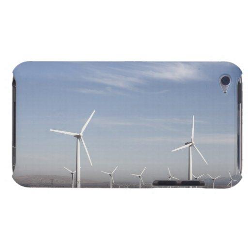 Molinoes de viento de mirada agradables en el desi iPod Case-Mate funda