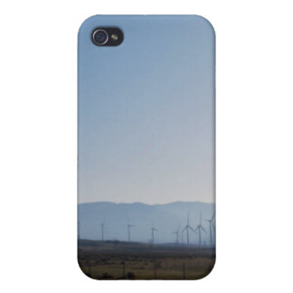 Molinoes de viento en la distancia iPhone 4 fundas