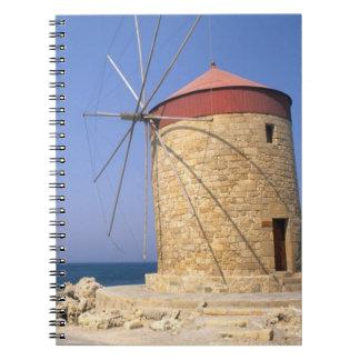 Molinoes de viento viejos famosos de Rodas Grecia Libro De Apuntes