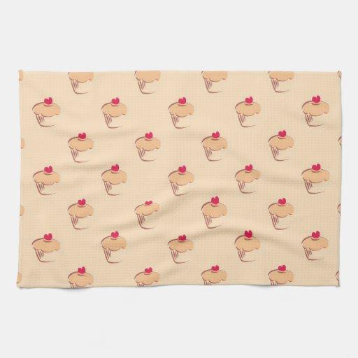 Molletes retros dulces de las magdalenas con el co toallas de cocina