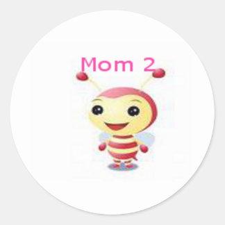 Mom 2 bee classic round sticker