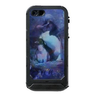 Mom & Baby Penguin in Moonlight Waterproof iPhone SE/5/5s Case