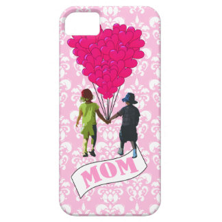 Mom, kids with heart shaped balloons iPhone SE/5/5s case