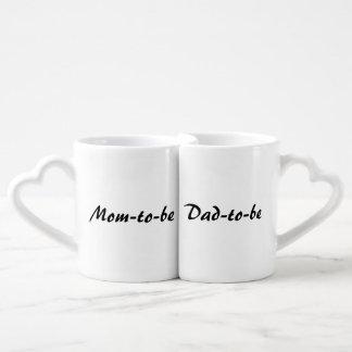 """Mom-to-be/Dad-to-be"" Nesting Mug Set"