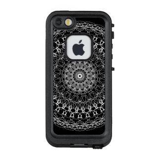Mom White Beauty Color Wheel LifeProof FRĒ iPhone SE/5/5s Case
