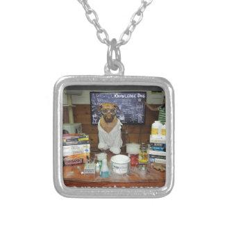 Momento de dipolo del perro del conocimiento joyerias personalizadas