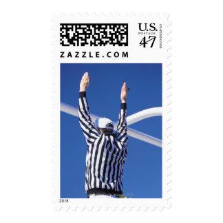 Momento del aterrizaje de la señalización del sello postal