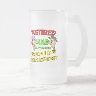 Momento mayor jubilado tazas