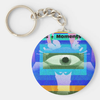 Momentos + Días de Moments= Llavero Redondo Tipo Pin