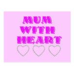Momia con el corazón postal