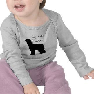 Momia del afgano de la silueta del perro camisetas