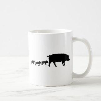 momia del cerdo con el icono joven de tres cerdos tazas de café