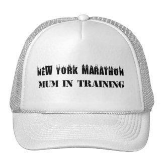 Momia del maratón de Nueva York en gorra del