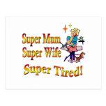 Momia estupenda, esposa, cansada. Diseño para las Postal